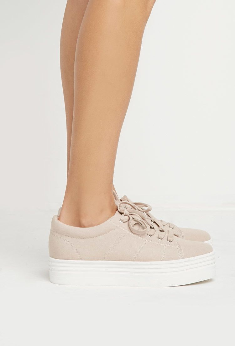 Zapatillas en Color Beige con Suela Ancha - Foreva
