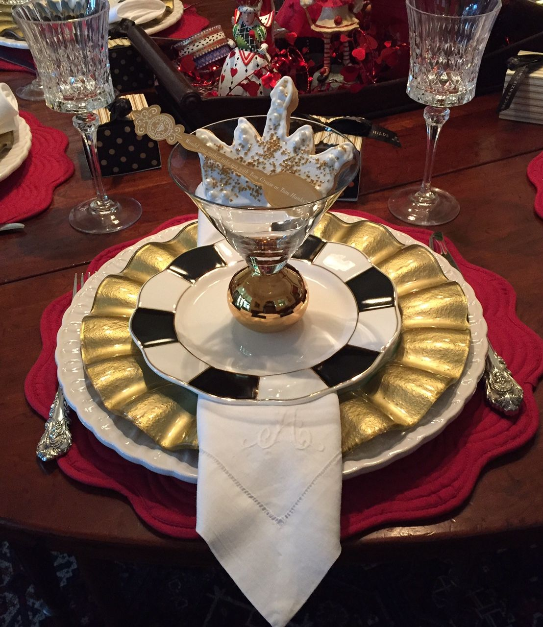 Valentine's Girlfriends' Dinner Party ~ 2017     Those of you who follow along here at Hyacinths for the Soul     may remember that ...