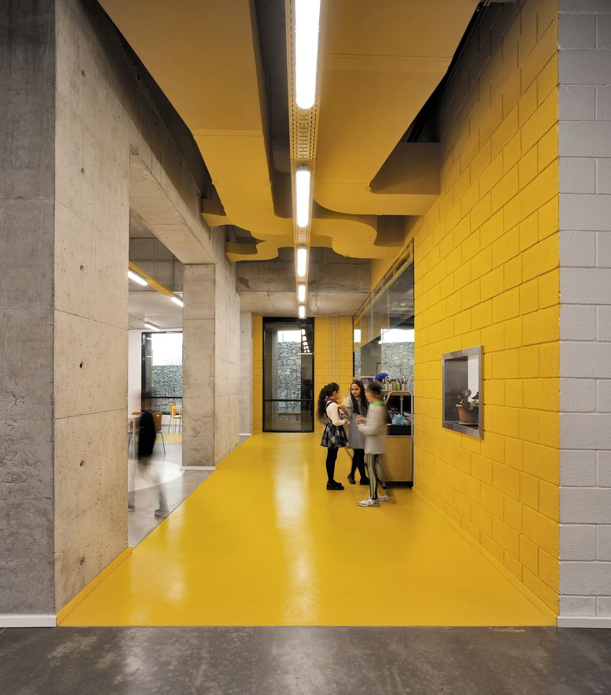 School Interior Design: Gallery Of Ayb Middle School / Storaket Architectural