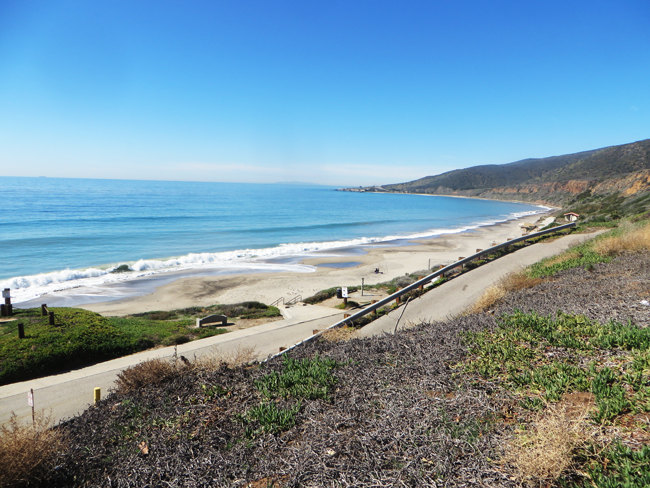 Nicholas Canyon Beach Fits The Bill For All Of La Let S Enjoy La Los Angeles Beaches Beach Kayaking