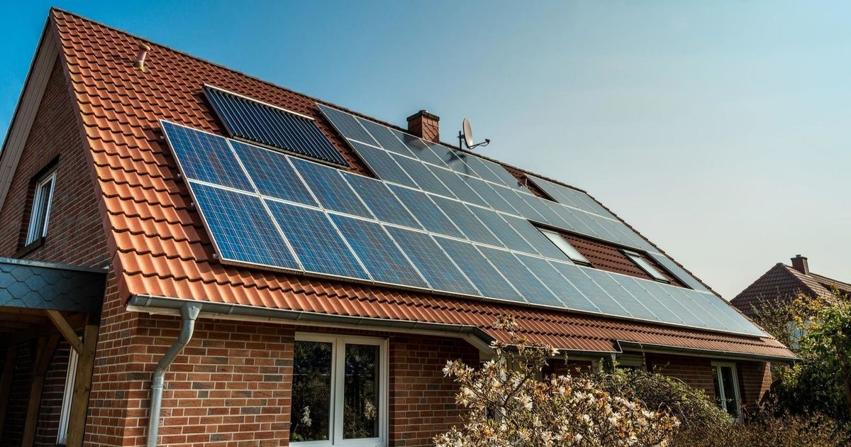 Guest Column Climate Change Begins At Home Solar Panels Best Solar Panels Solar Panel Installation