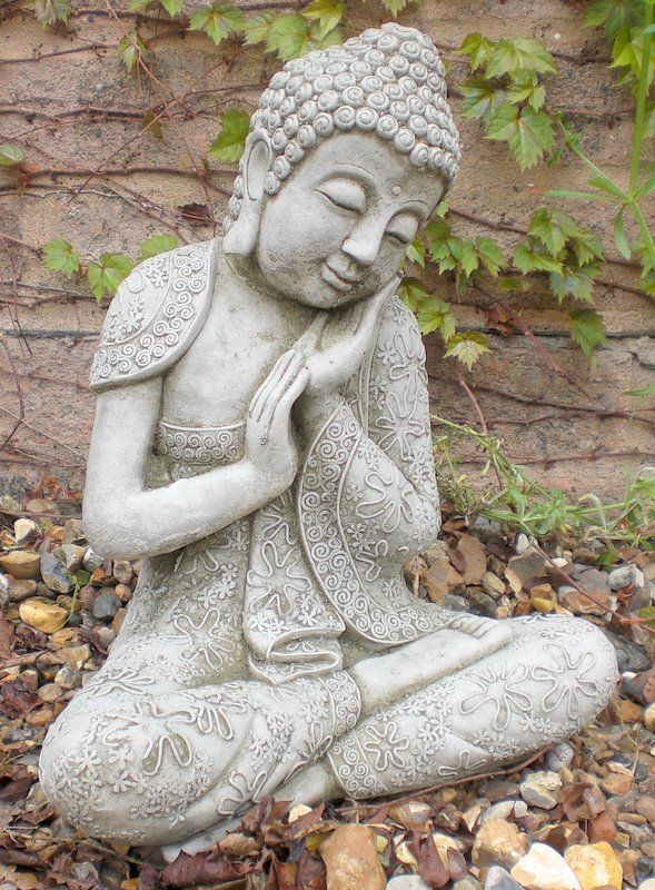 Stone Garden Buddha Statues Beautify The Garden With A 400 x 300