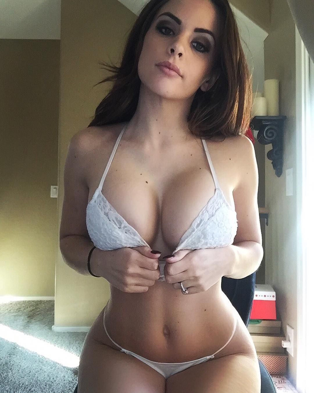 Boy that are sexy online dateing