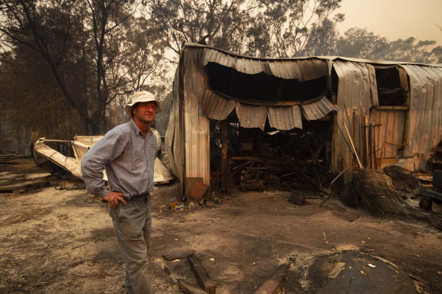 Out of control bushfires now threaten homes across greater