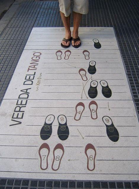 Publicidad de tango con piso interactivo de Pasos del Tango. #TangoColombia
