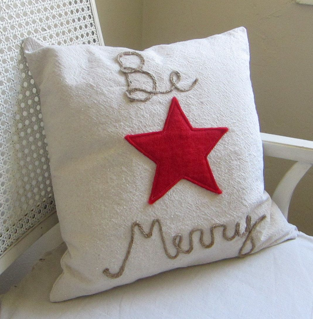 Be merry cotton canvas pillow cover with red felt star christmas