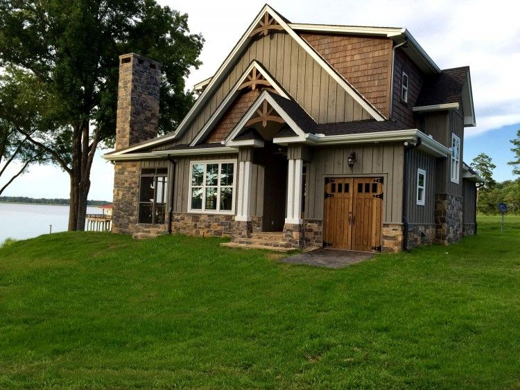 Rustic House Plans Our 10 Most Popular Rustic Home Plans In 2021 Rustic House Plans Rustic House Cottage Floor Plans