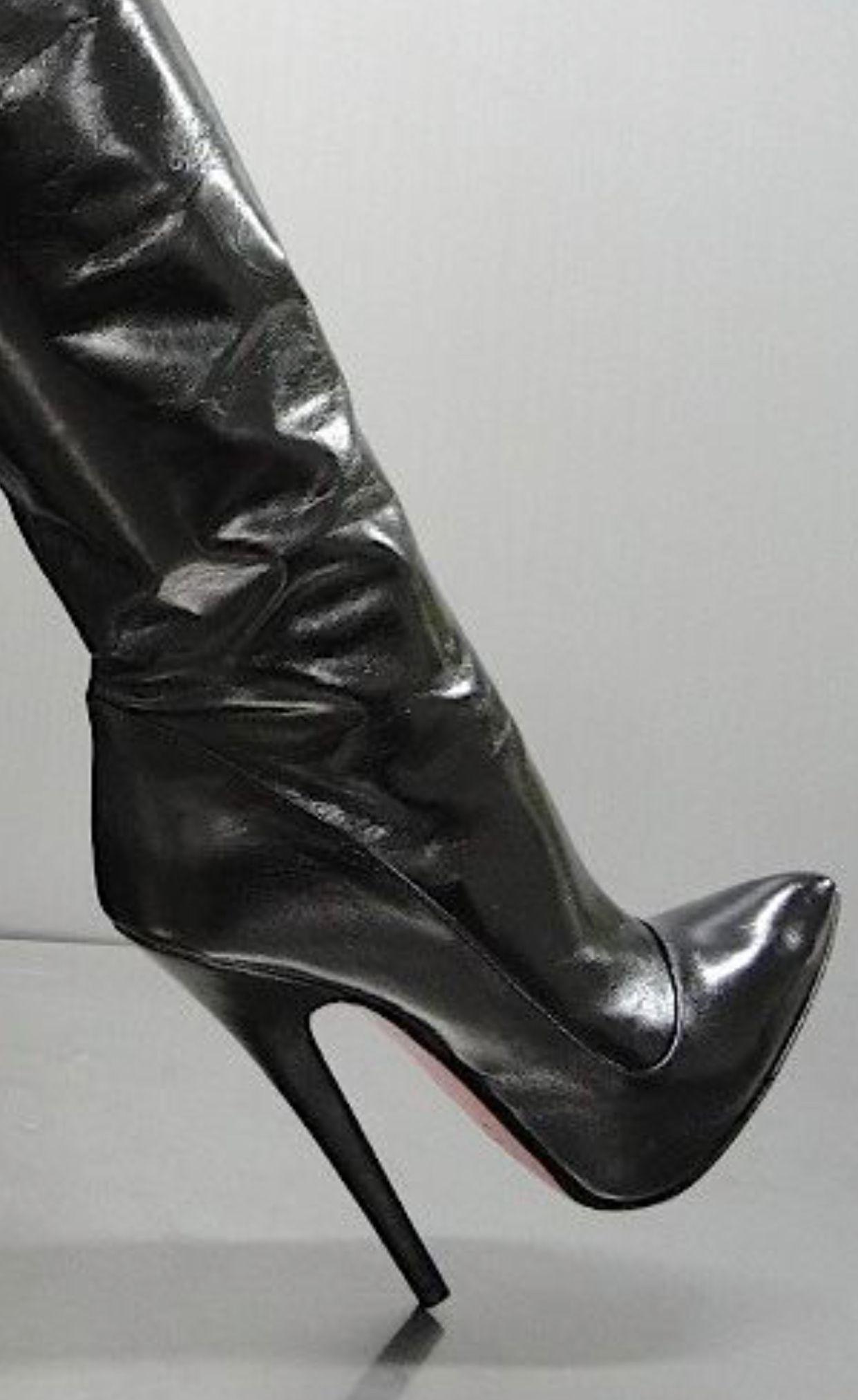Stiefel   Hochhackige stiefel, Stiefel, Jeans stiefel