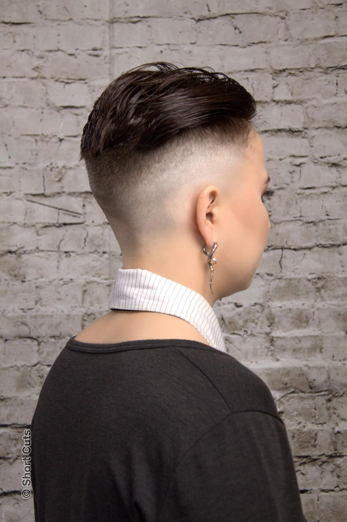 Cool short hair styles shaved sides and back pinterest short