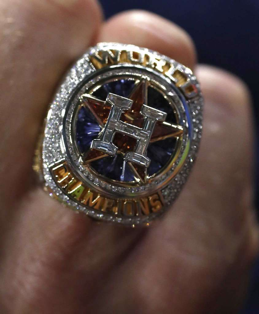 Astros World Series Rings Have 214 Diamonds 25 Sapphires World Series Rings Astros World Series Astros Baseball