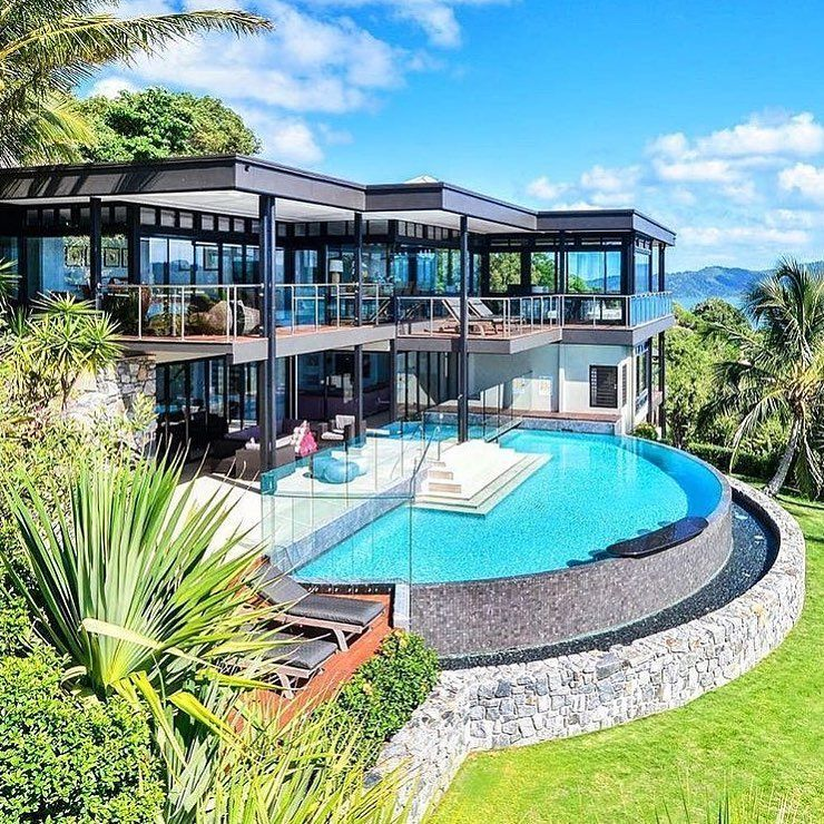 Really cool glass house modernmansionideas  Mansions in