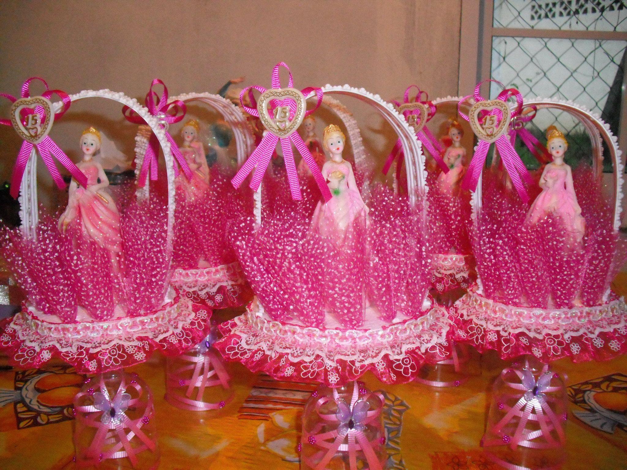 Centros de mesa para 15 a os por melisa de acosta for Mesas decoradas para 15 anos