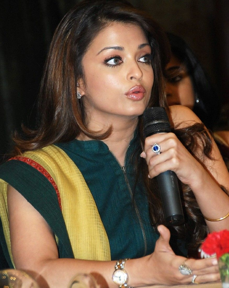 Aishwarya Rai Celebrity Engagement Rings Beautiful Indian Actress Bollywood Celebrities