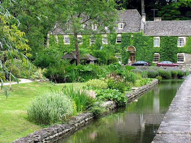 The Swan Hotel Bibury One Of Two Main Hotels In Also Has A Beautiful Garden And Is Involved Maintaining Wildlife On
