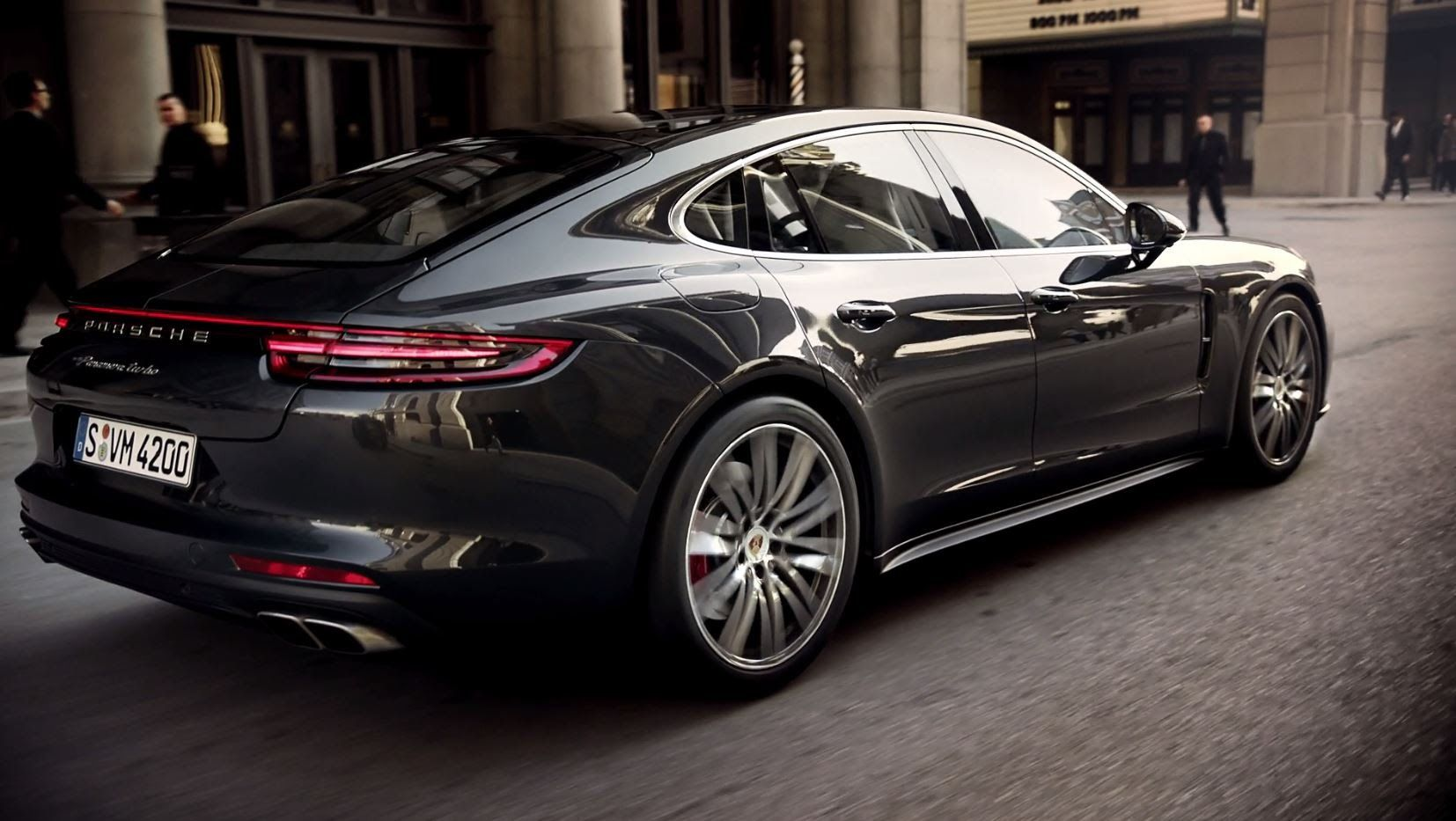 The New Panamera Turbo And 4s In Motion