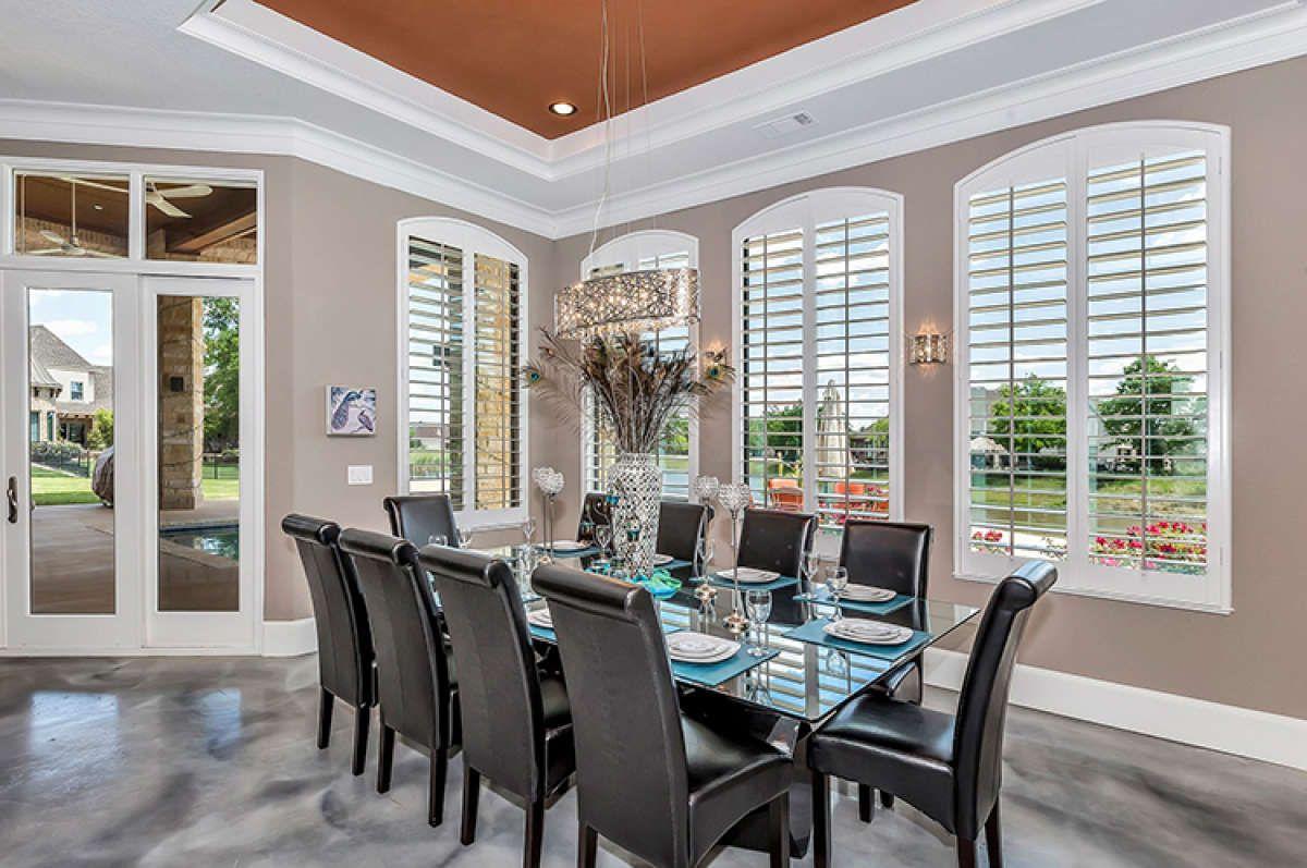 Luxury House Plan 5445