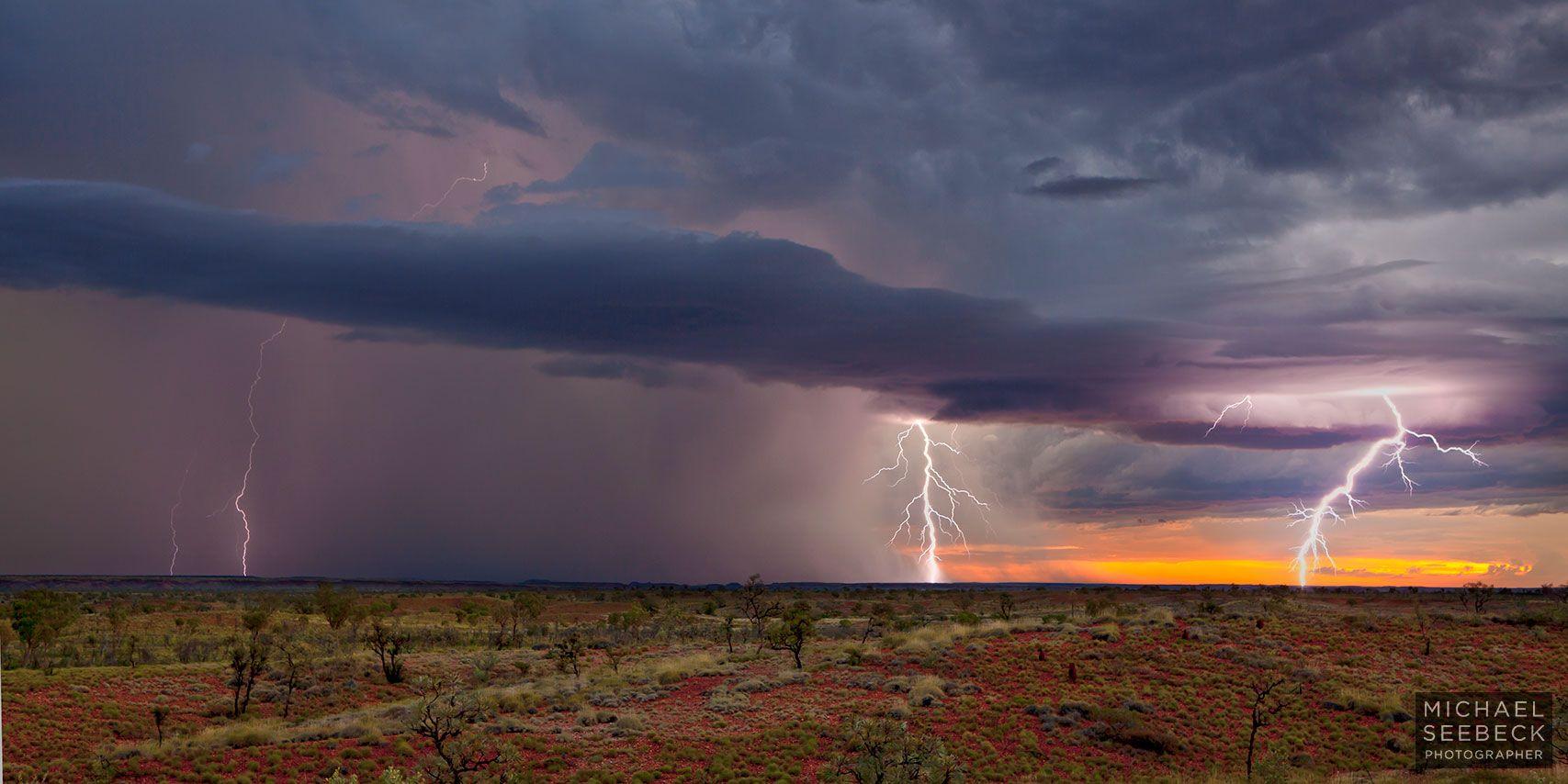 Desert storm dates in Perth