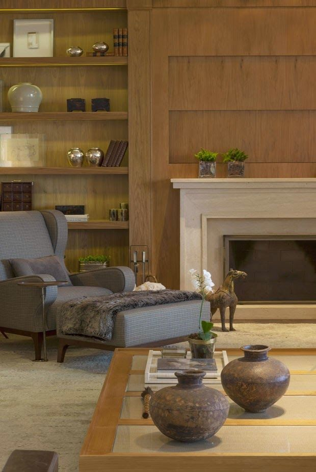 Muita madeira revestimentos terrosos bamb palha seda for Casa rustica classica