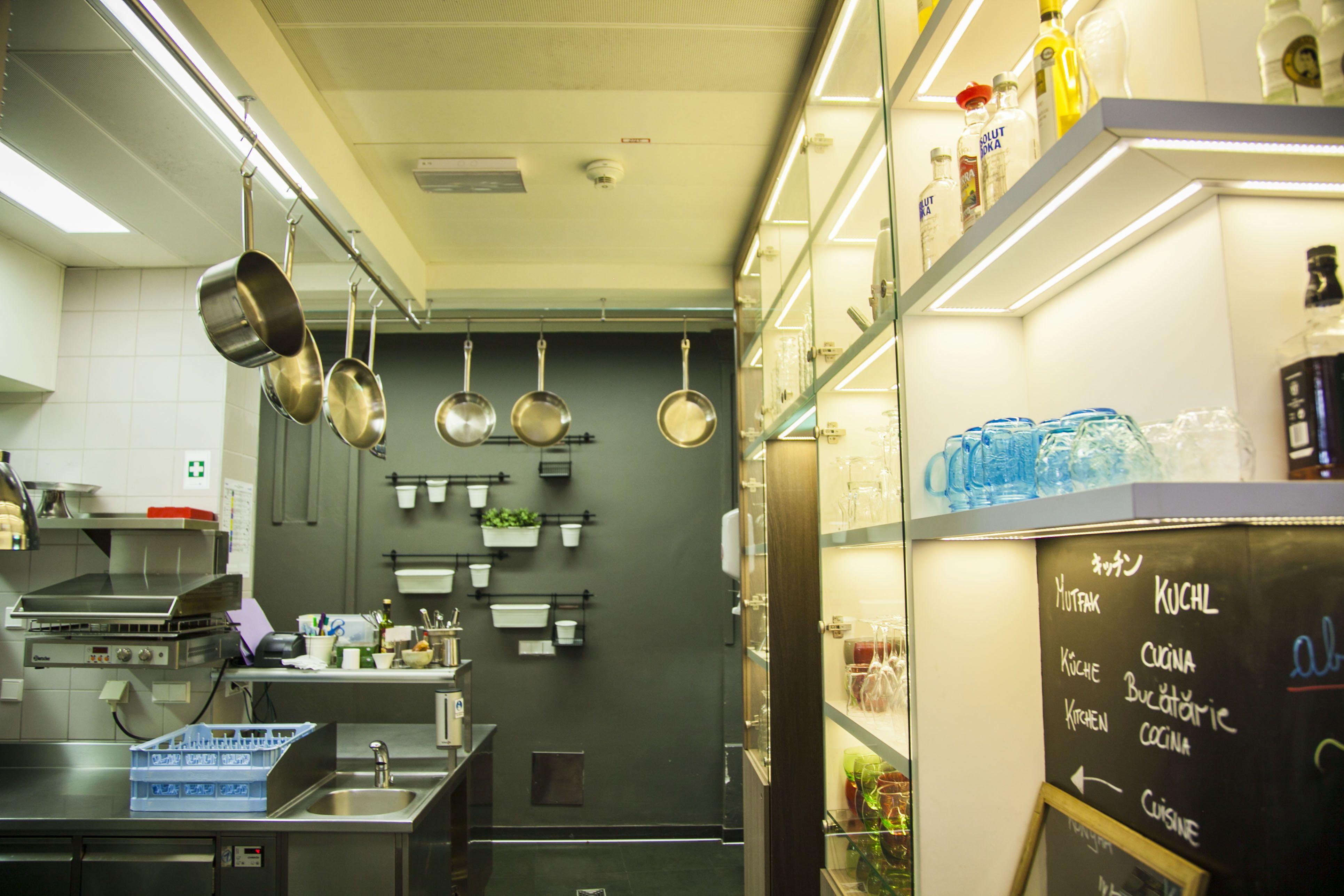 Offene Küche Vienna 1st | Restaurant VIENNA 1ST | Pinterest | Vienna ...