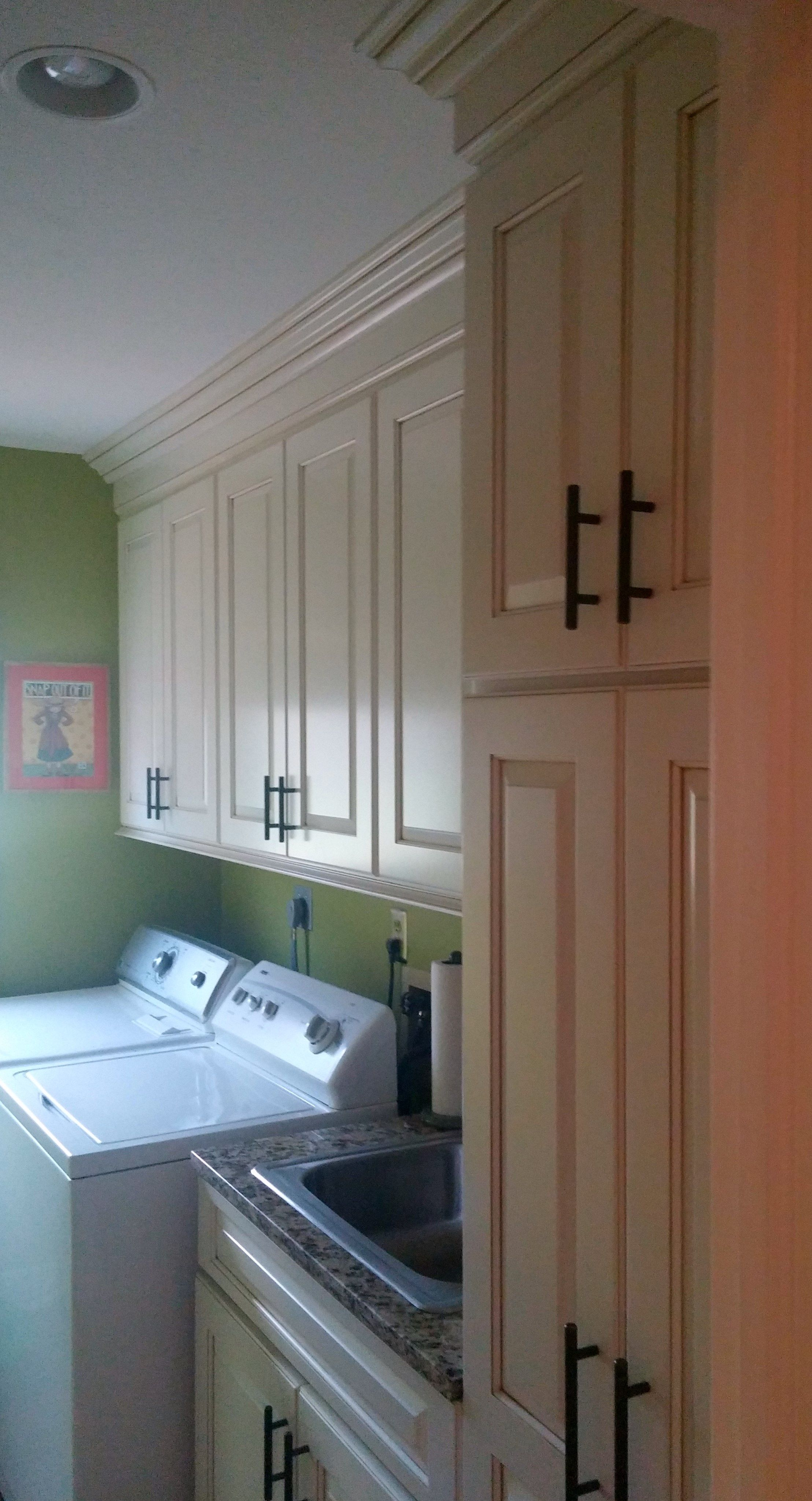 Susan Decker Images Of A Pickerington Ohio Kitchen And Laundry Remodel By Kraft In Columbus