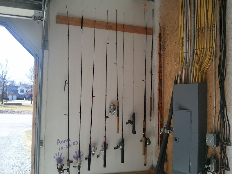 Homemade fishing pole rack diy pinterest craft for Diy fishing pole holder