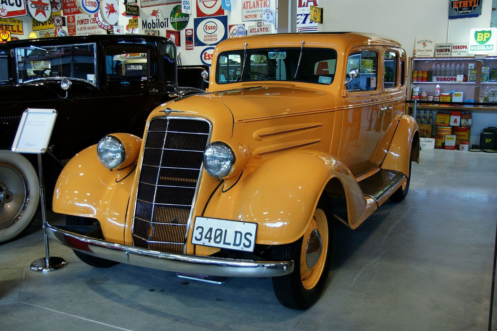 https://flic.kr/p/skb5G4 | 1934 Oldsmobile 6 | At Hamilton , NZ .