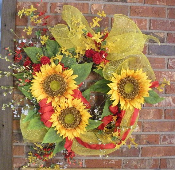 Fall sunflower wreath with yellow mesh bow
