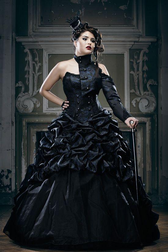 6bdbfa507d05 Schwarze Brautkleider, farbige Brautmode und ausgefallene Abendmode ...