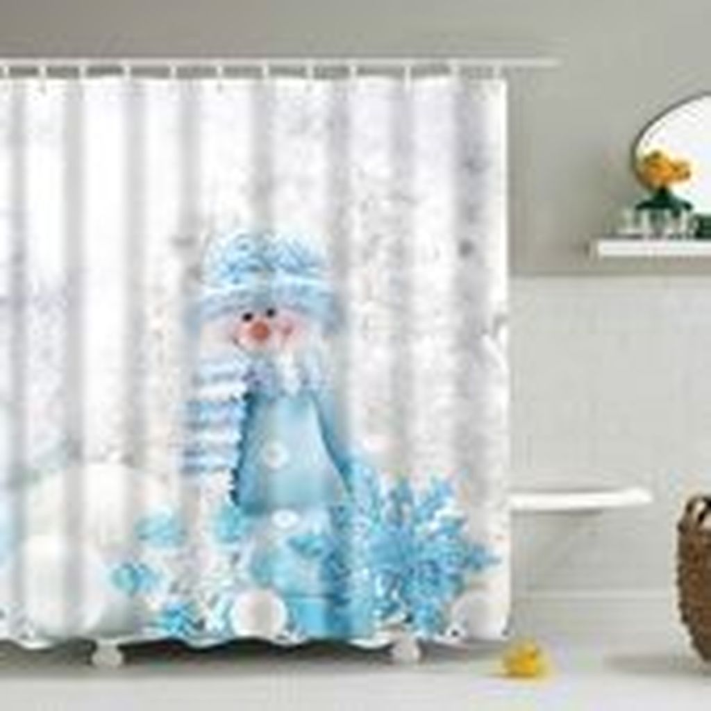 30 Inspiring Winter Shower Curtain For Your Bathroom Decor In 2020 Christmas Shower Curtains Christmas Shower Holiday Shower Curtains