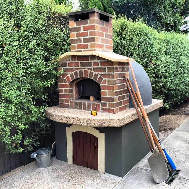 9 Must Have Outdoor Kitchens: Outdoor Kitchens In 2019
