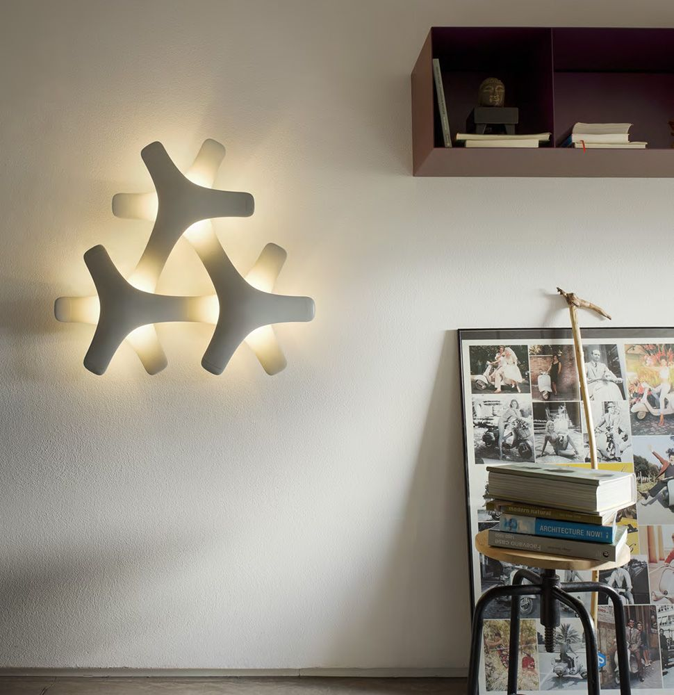 Remote Controlled Modular LED Lighting System - Synapse by Luceplan
