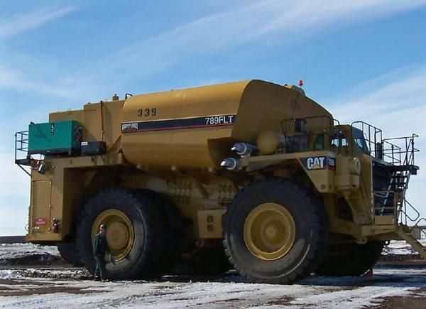 Names Of Heavy Duty Trucks : Giant cat service truck heavy duty equipment pinterest