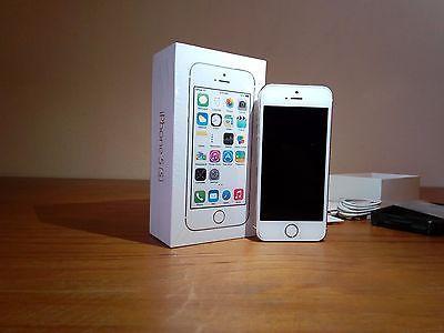 Apple iPhone 5s - 16GB - Gold (Unlocked) Smartphone https://t.co/0rNVSJGRDD https://t.co/7yh6DXeK6Q