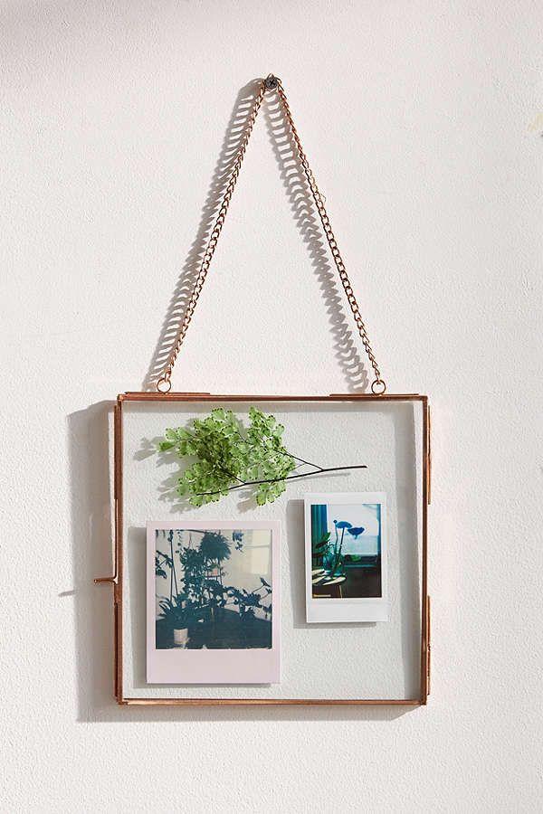 8x8 Bedroom Design: Hanging Glass Display Frame - 8x8