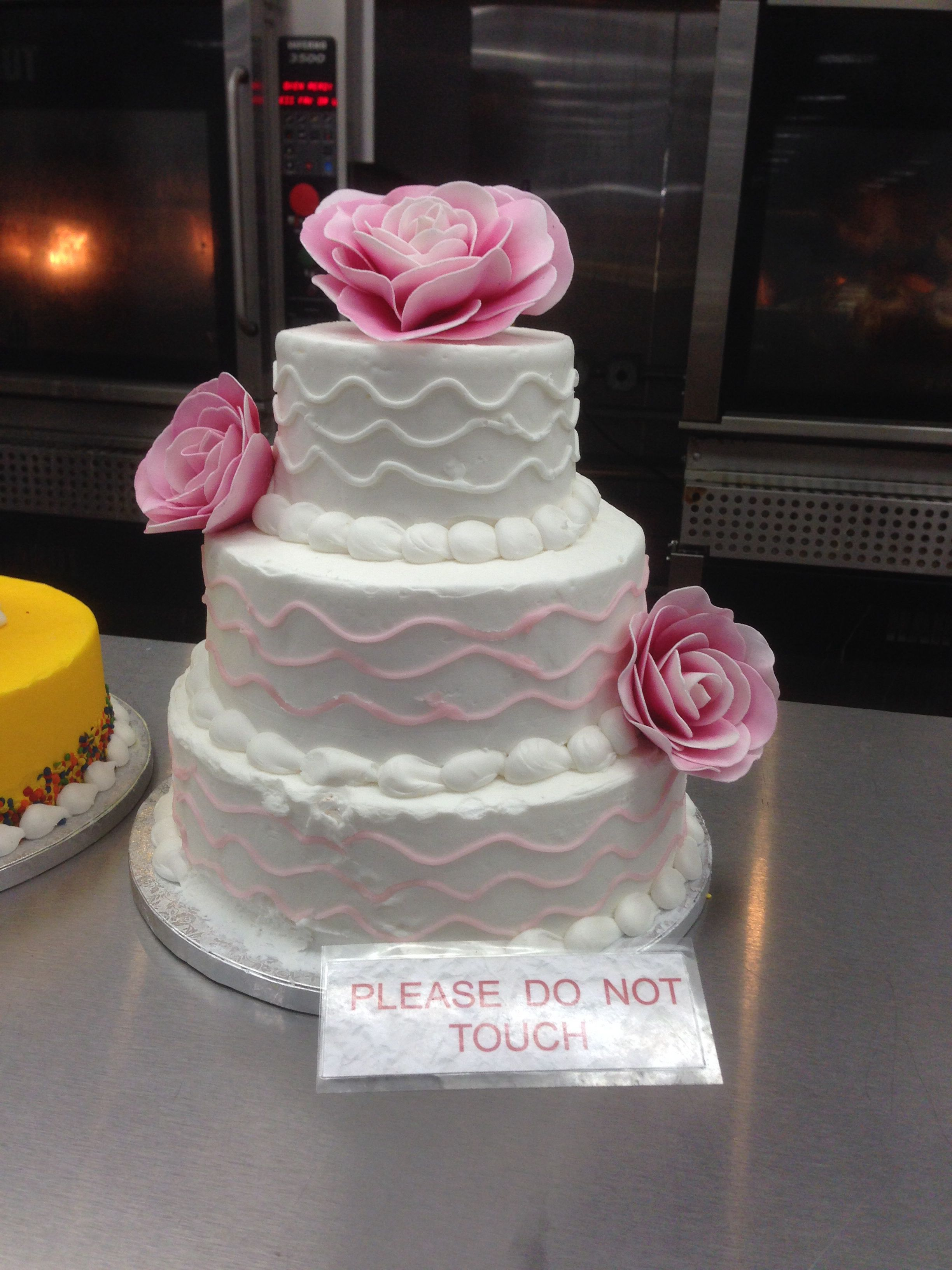 SAMs club cake for wedding     Baby Bear Gets Married    Pinterest     SAMs club cake for wedding
