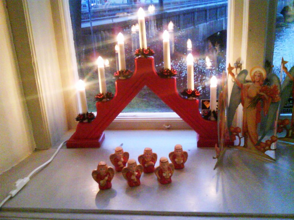 Awesome Christmas Decorations Ideas For Charming Living ...