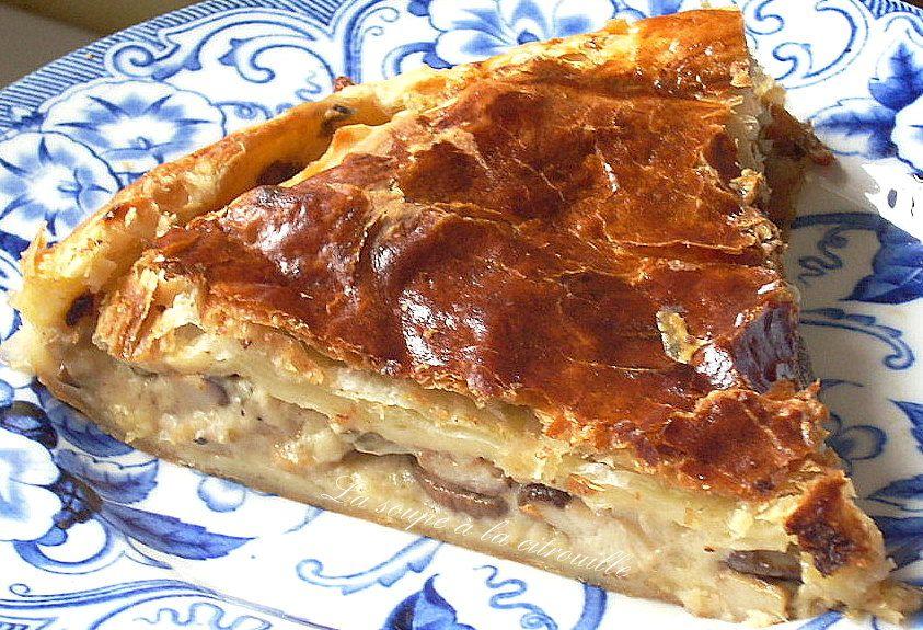 http://lasoupealacitrouille.blogspot.fr/2012/09/tourte-aux-cepes.html