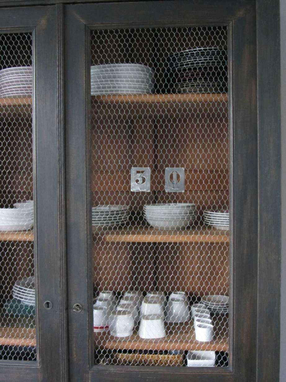 16 Armoire Avec Grillage Poule Designs De Chambre Designs De Salle A Manger Designs De Salle De Bain Designs De Salon Designs Par Style Decoration Dessi En 2020 Grillage A