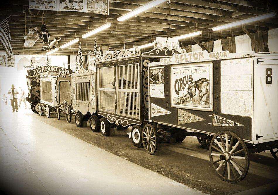 Old Circus Train Photo Reebellion Vintage Halloween Photos Vintage Circus Old Circus