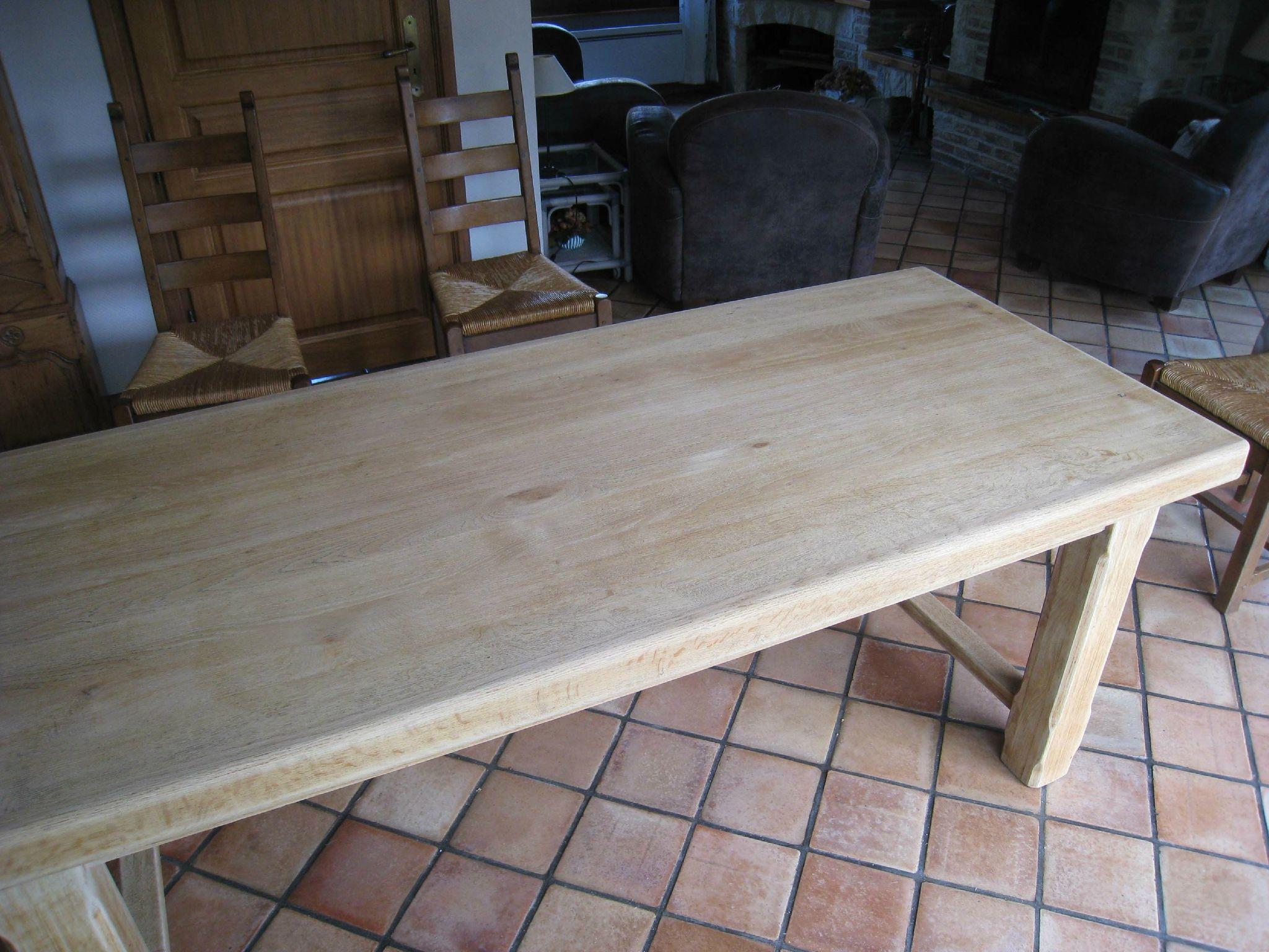 Eclaircir Un Meuble En Chene Fonce eclaircir une table en chêne - patines & couleurs | meuble