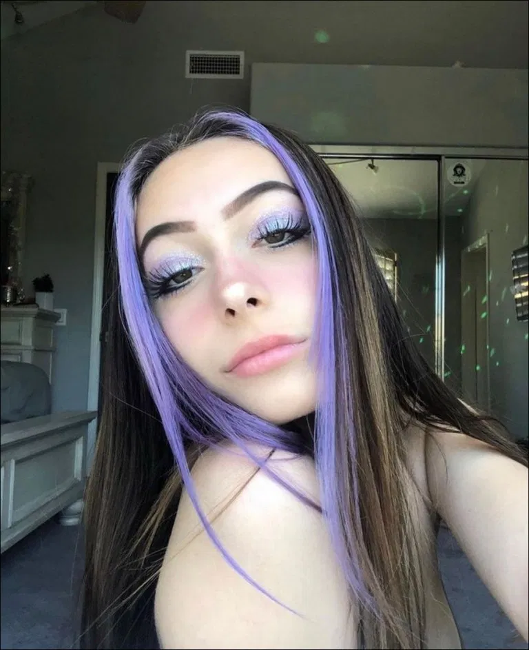 36 Purple Ombre Shoulder Length Hair In 2020 Hair Color Streaks Hair Inspo Color Aesthetic Hair