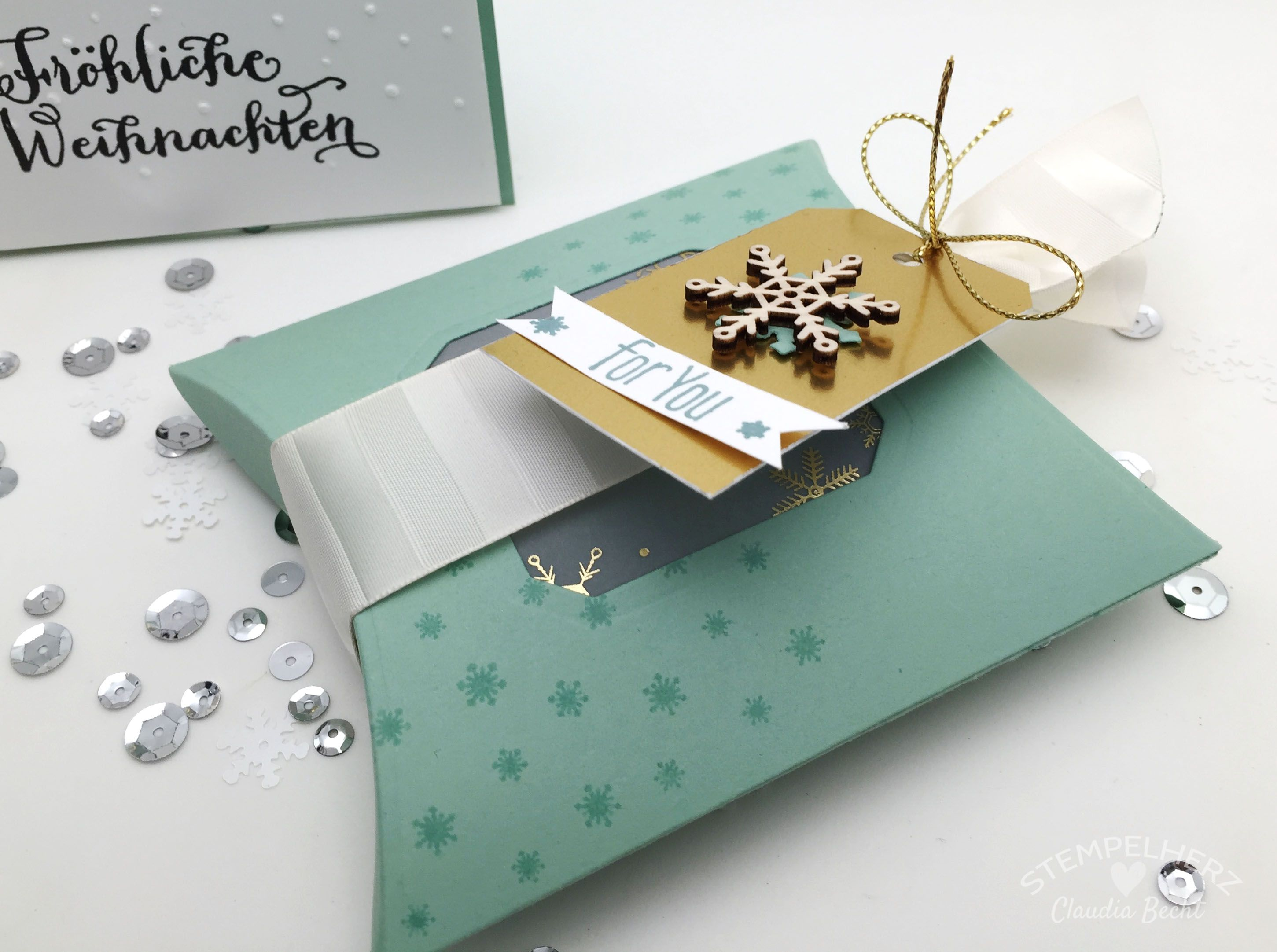 stampin up stempelherz weihnachtskarte weihnachtsverpackung pillowbox sch ttelkarte fr hliche. Black Bedroom Furniture Sets. Home Design Ideas
