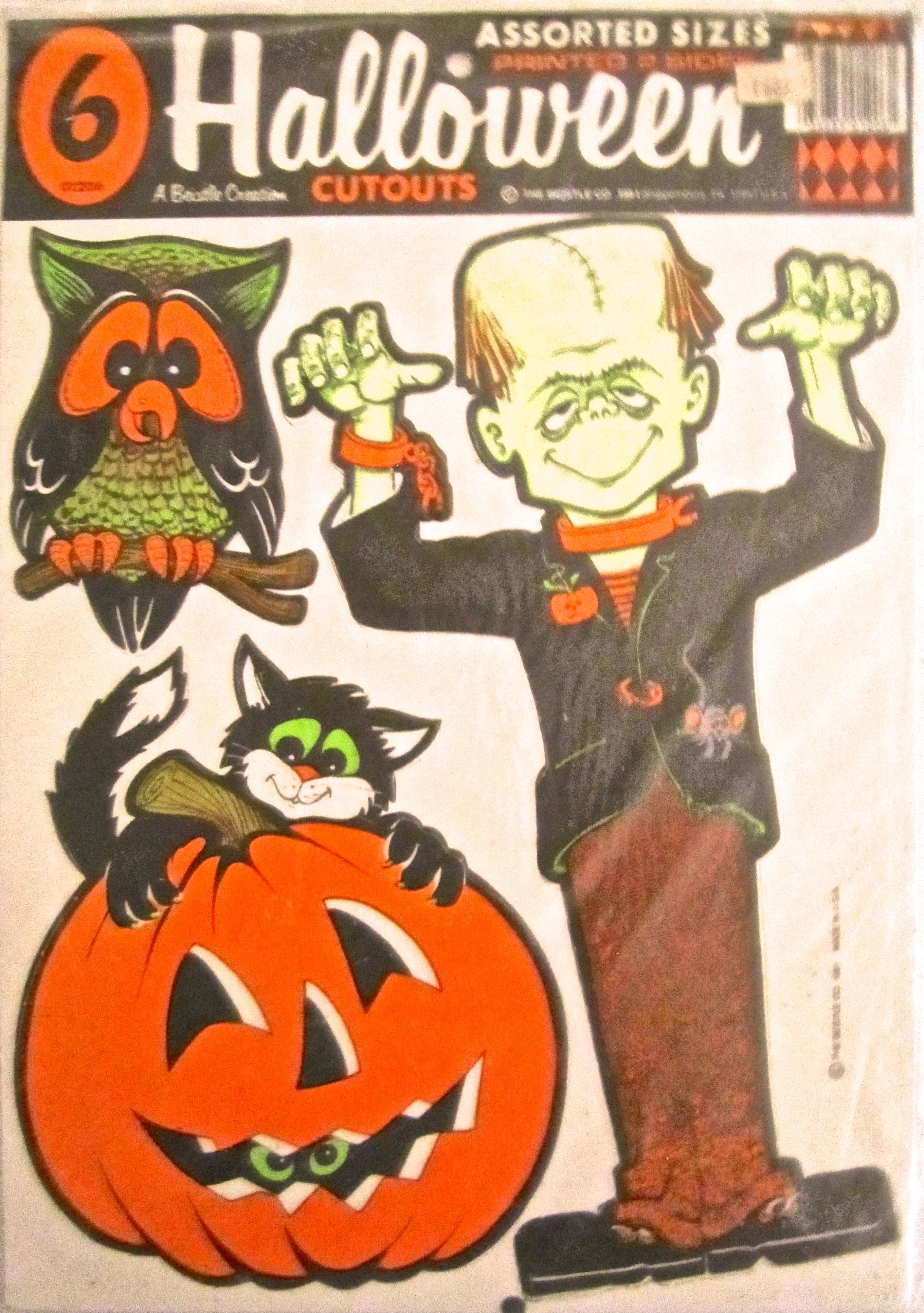 Beistle 1982 Halloween Cutouts I Have Not Seen Them Mint Again I M Glad I Bought This One When Retro Halloween Decorations Retro Halloween Vintage Halloween