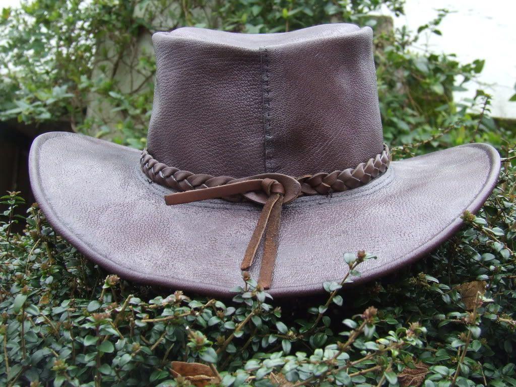 Leather aussibush hatthe making of leather mens