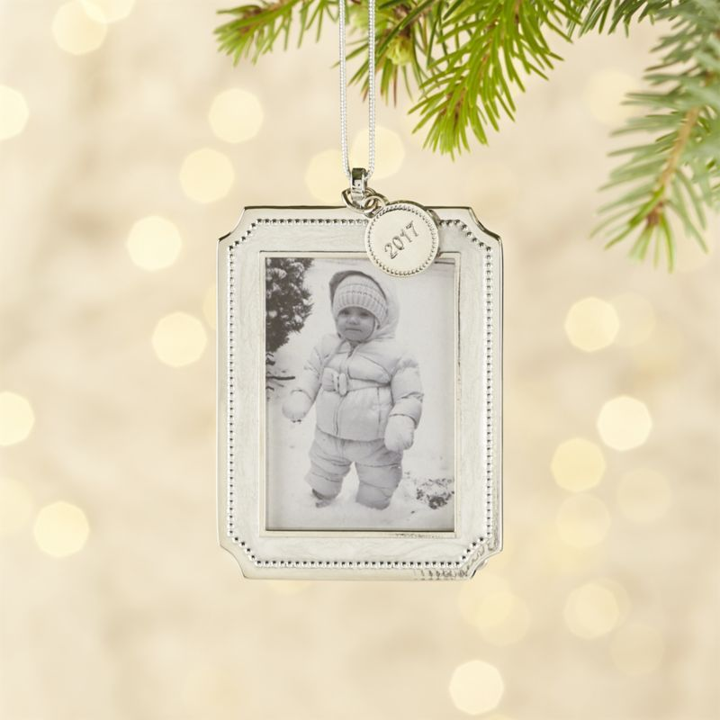 Silver Pearl Ornament Frame with 2017 Charm | Silver pearls ...