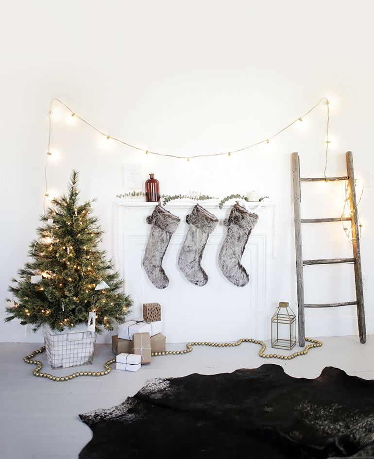 Diy Tree Skirt Alternative Christmas Interiors Minimalist Christmas Scandinavian Christmas