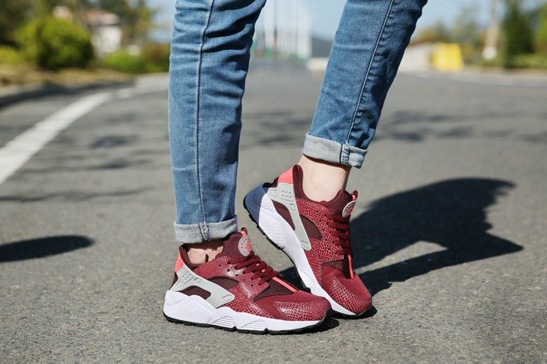 new product 24e07 81765 ... where to buy nike air huarache deep burgundy on feet b8518 2b0c3