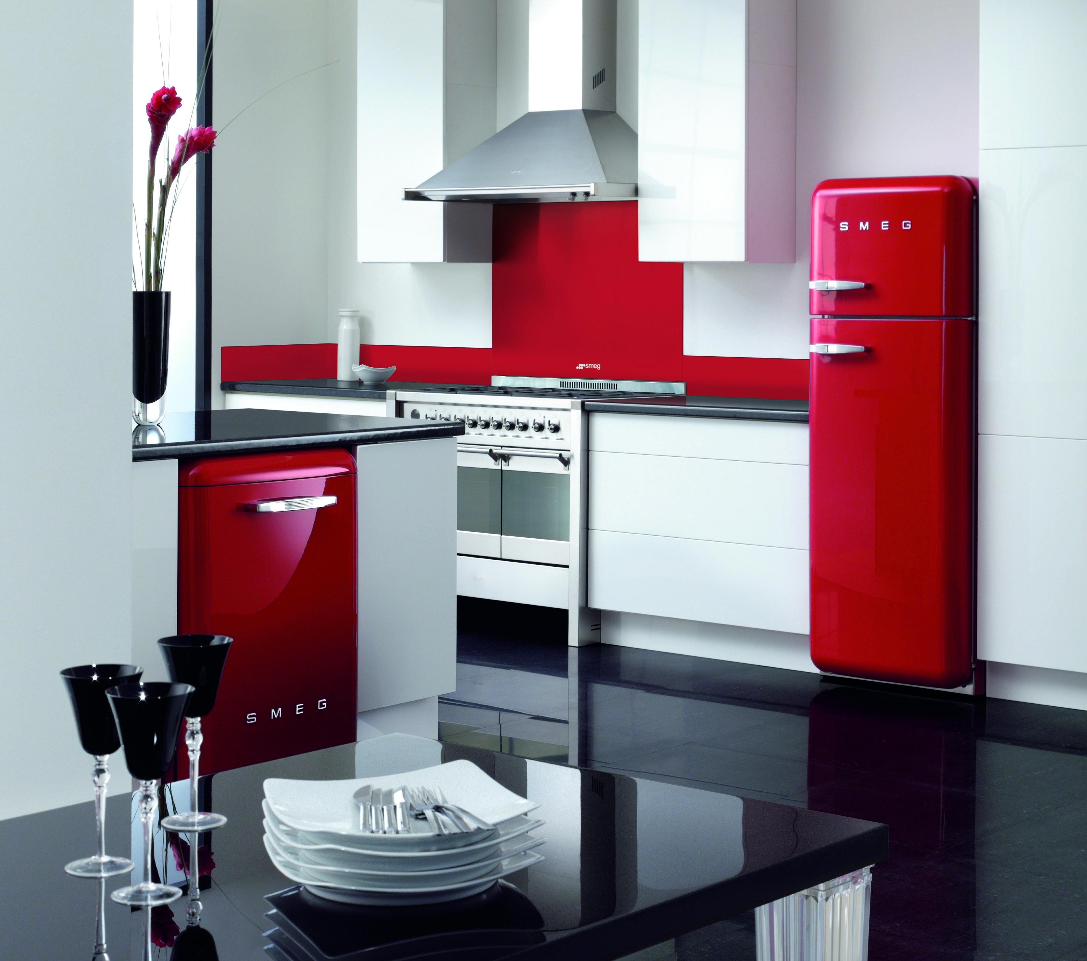 Smeg FAB Room Set All Red Dishwasher and FridgeFreezer