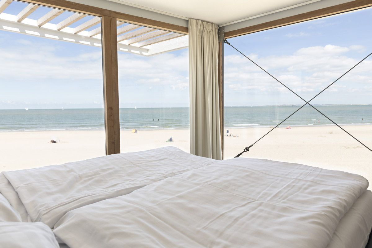 buchen strandweelde slapen op het strand zeeland. Black Bedroom Furniture Sets. Home Design Ideas