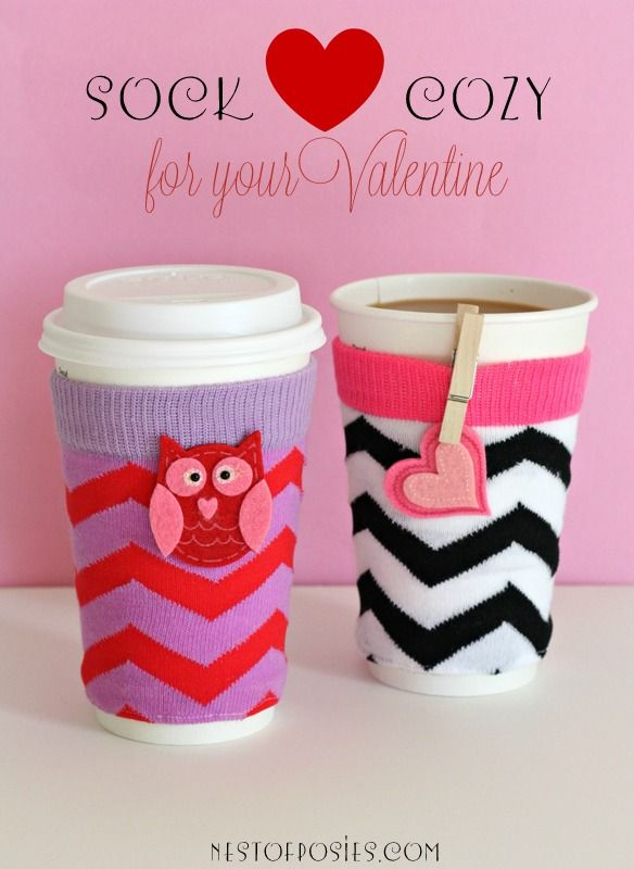 make a sock cozy for your valentine via nest of posies getting coffee valentine
